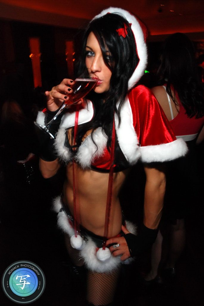 Socialite Holiday Pre-Party at Caramel Bar